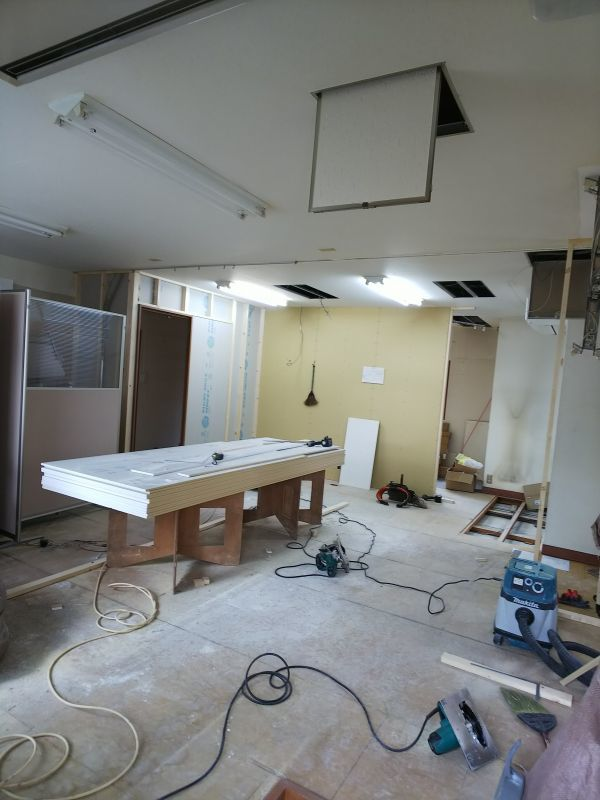 京都市右京区の吉本事務所の改装