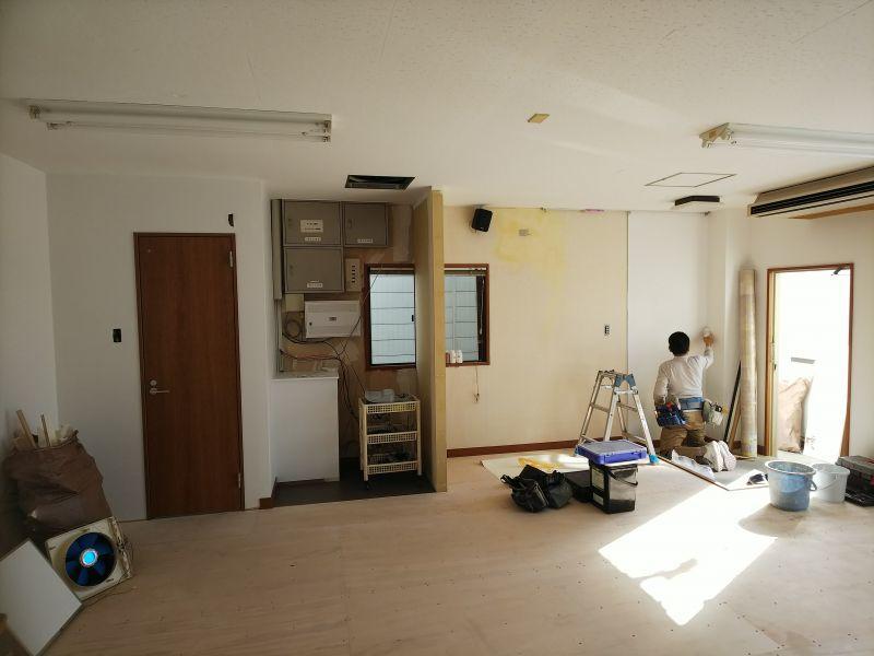 京都市右京区の吉本事務所の応接室の改装
